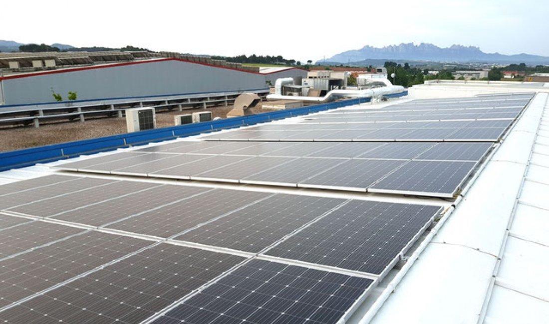 Instalación fotovoltaica de 60kWp en Sant Fruitós de Bages.