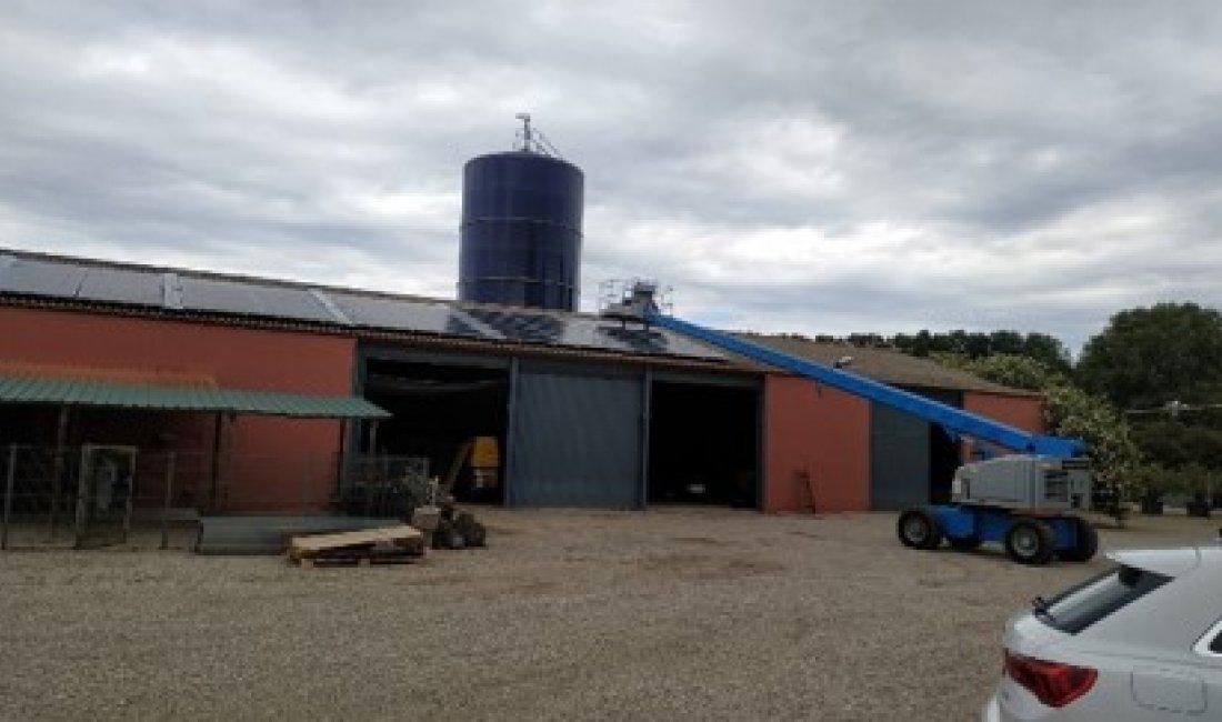 Instal·lació fotovoltaica de 19,2kWp per autoconsum a Fincas Agropecuarias de Peralada.