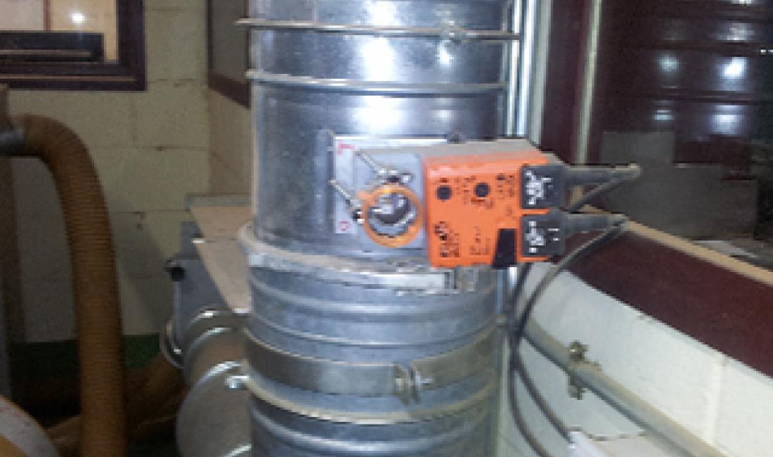 Instalación de un sistema de regulación de la velocidad de aspiración de polvo de corcho en los procesos productivos de la empresa Francisco Oller.